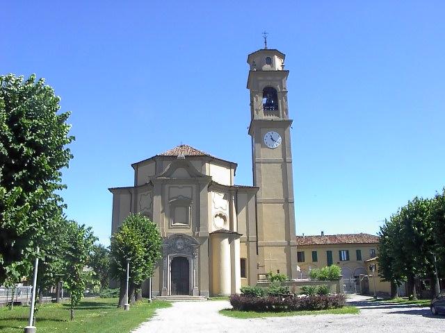 Chiesa parrocchiale è dedicata a S.Maiolo Abate